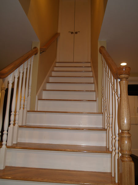 Lighting Basement Washroom Stairs: Finished Basements Photo Gallery